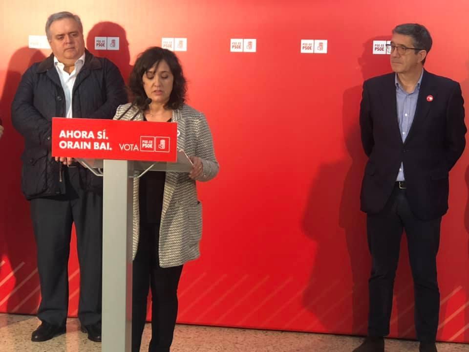 Acto político en Portugalete, con Patxi López, Teresa Laespada y Mikel Torres