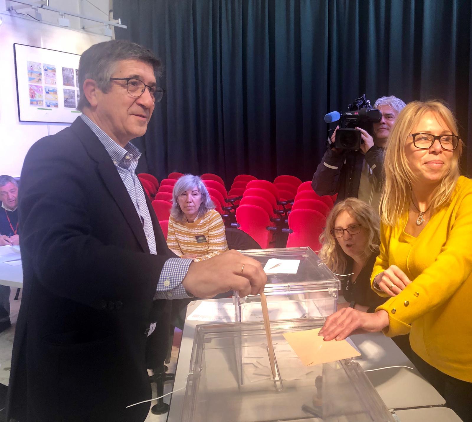 Jornada de votación con Patxi López
