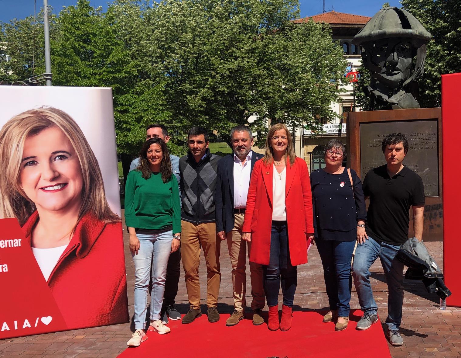 Acto político en Sestao, con Teresa Laespada y David Salso